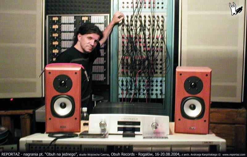 """REPORTAŻ - nagrania pt. """"Obuh na jednego"""", studio Wojciecha Czerna, Obuh Records - Rogalów, 16-20.08.2004, z arch. Andrzeja Karpińskiego"""