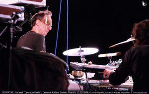 Reportaż & Chris Cutler koncert Operacja Media, Poznań 2008
