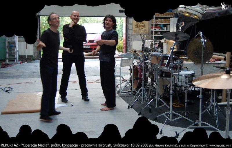 REPORTAZ - Operacja Media, proby, koncepcje - pracownia airbrush, Skorzewo, 10.09.2008, z arch. A. Karpinskiego